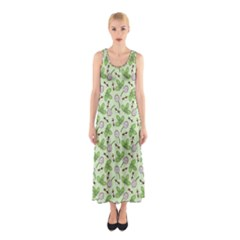 Bees And Green Clover Sleeveless Maxi Dress
