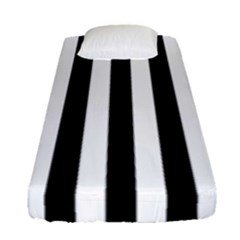Black And White Stripes Fitted Sheet (single Size) by designworld65