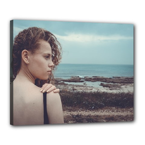 Girl & The Sea Canvas 20  X 16  by amphoto