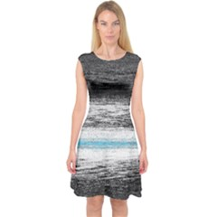 Ombre Capsleeve Midi Dress