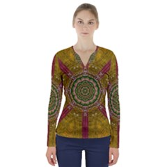 Mandala In Metal And Pearls V Neck Long Sleeve Top