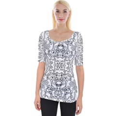 Black Psychedelic Pattern Wide Neckline Tee by Mariart