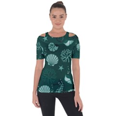 Vector Seamless Pattern With Sea Fauna Seaworld Short Sleeve Top by Mariart