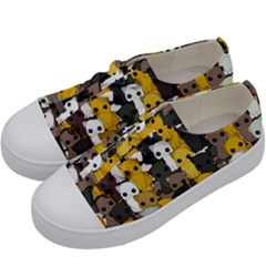 Cute Cats Pattern Kids  Low Top Canvas Sneakers by Valentinaart