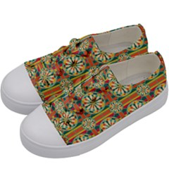 Eye Catching Pattern Kids  Low Top Canvas Sneakers by linceazul