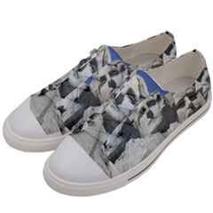 Mount Rushmore Monument Landmark Women s Low Top Canvas Sneakers by Nexatart