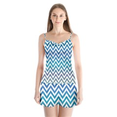 Blue Zig Zag Chevron Classic Pattern Satin Pajamas Set