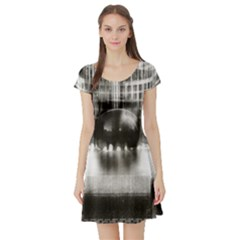 Black And White Hdr Spreebogen Short Sleeve Skater Dress