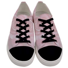 Romantic Soft Pink Rose Floral Men s Low Top Canvas Sneakers