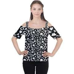 Xmas Pattern Cutout Shoulder Tee