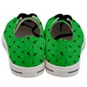 Unicorn Pattern Green Men s Low Top Canvas Sneakers View4