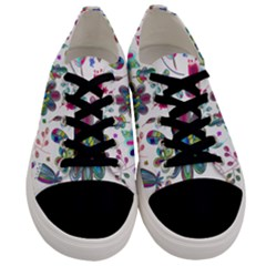 Prismatic Psychedelic Floral Heart Background Men s Low Top Canvas Sneakers