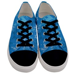 Snowflakes Cool Blue Star Men s Low Top Canvas Sneakers