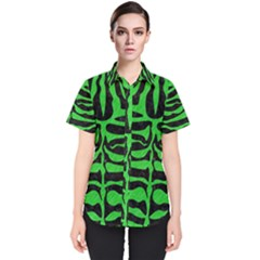 Skin2 Black Marble & Green Colored Pencil Women s Short Sleeve Shirt