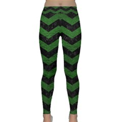 CHEVRON3 BLACK MARBLE & GREEN LEATHER Classic Yoga Leggings