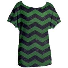 CHEVRON3 BLACK MARBLE & GREEN LEATHER Women s Oversized Tee
