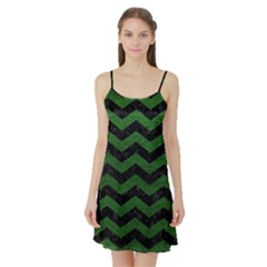 CHEVRON3 BLACK MARBLE & GREEN LEATHER Satin Night Slip