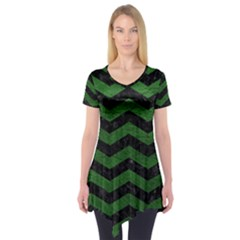 CHEVRON3 BLACK MARBLE & GREEN LEATHER Short Sleeve Tunic