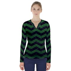 CHEVRON3 BLACK MARBLE & GREEN LEATHER V-Neck Long Sleeve Top