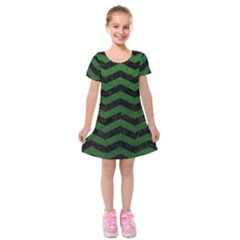 CHEVRON3 BLACK MARBLE & GREEN LEATHER Kids  Short Sleeve Velvet Dress