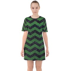 CHEVRON3 BLACK MARBLE & GREEN LEATHER Sixties Short Sleeve Mini Dress
