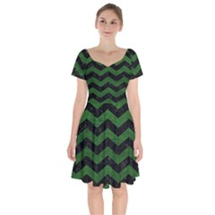 CHEVRON3 BLACK MARBLE & GREEN LEATHER Short Sleeve Bardot Dress