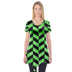 Chevron1 Black Marble & Green Watercolor Short Sleeve Tunic