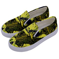 Amazing Glowing Flowers 2c Kids  Canvas Slip Ons by MoreColorsinLife