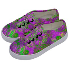 Amazing Neon Flowers A Kids  Classic Low Top Sneakers by MoreColorsinLife