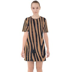 Skin4 Black Marble & Light Maple Wood (r) Sixties Short Sleeve Mini Dress