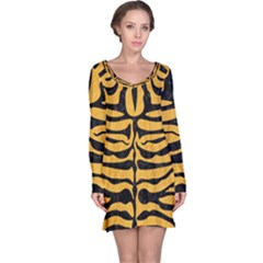Skin2 Black Marble & Orange Colored Pencil (r) Long Sleeve Nightdress