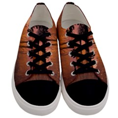 Halloween Design With Scarecrow, Crow And Pumpkin Men s Low Top Canvas Sneakers