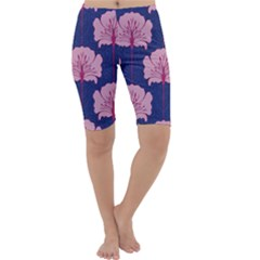 Beautiful Art Nouvea Floral Pattern Cropped Leggings  by 8fugoso