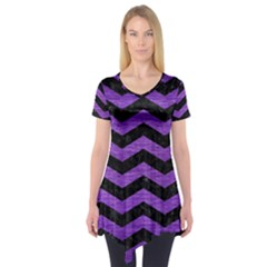 Chevron3 Black Marble & Purple Brushed Metal Short Sleeve Tunic