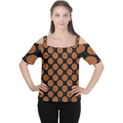 CIRCLES2 BLACK MARBLE & RUSTED METAL (R) Cutout Shoulder Tee