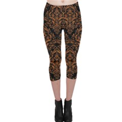 DAMASK1 BLACK MARBLE & RUSTED METAL (R) Capri Leggings