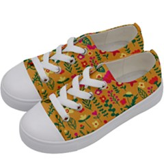 Cute Doodle Flowers 4 Kids  Low Top Canvas Sneakers by tarastyle