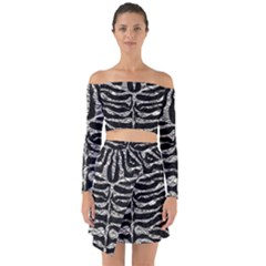 Skin2 Black Marble & Silver Foil (r) Off Shoulder Top With Skirt Set