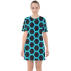 HEXAGON2 BLACK MARBLE & TURQUOISE COLORED PENCIL (R) Sixties Short Sleeve Mini Dress