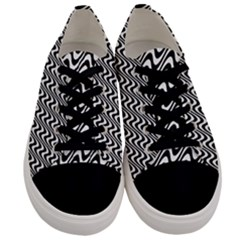 Black And White Waves Illusion Pattern Men s Low Top Canvas Sneakers