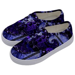 Beautiful Violet Spiral For Nocturne Of Scorpio Kids  Classic Low Top Sneakers by jayaprime