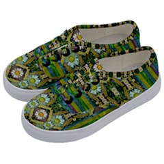 Bread Sticks And Fantasy Flowers In A Rainbow Kids  Classic Low Top Sneakers
