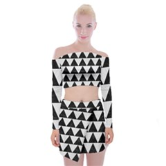 TRIANGLE2 BLACK MARBLE & WHITE LINEN Off Shoulder Top with Mini Skirt Set