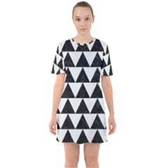 TRIANGLE2 BLACK MARBLE & WHITE LINEN Sixties Short Sleeve Mini Dress