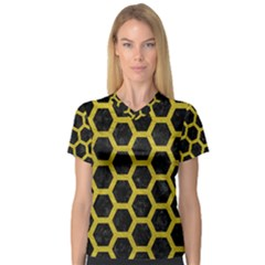 HEXAGON2 BLACK MARBLE & YELLOW LEATHER (R) V-Neck Sport Mesh Tee