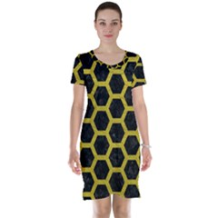 HEXAGON2 BLACK MARBLE & YELLOW LEATHER (R) Short Sleeve Nightdress