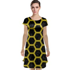 HEXAGON2 BLACK MARBLE & YELLOW LEATHER (R) Cap Sleeve Nightdress