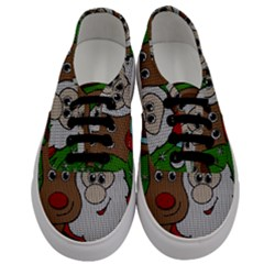 Santa And Rudolph Selfie  Men s Classic Low Top Sneakers