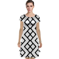 Abstract Tile Pattern Black White Triangle Plaid Chevron Cap Sleeve Nightdress