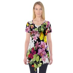 Beautiful,floral,hand painted, flowers,black,background,modern,trendy,girly,retro Short Sleeve Tunic